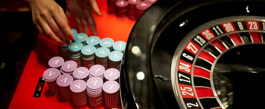 投資でもギャンブルでも期待値100%以下に設定されているのが普通